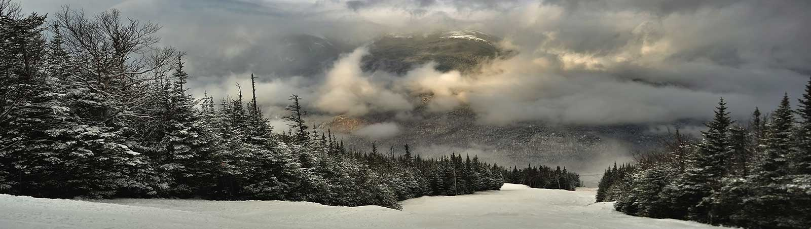 and Wildcat School Ski Trips, View from summit of Wildcat ski area in New Hampshire at early winter