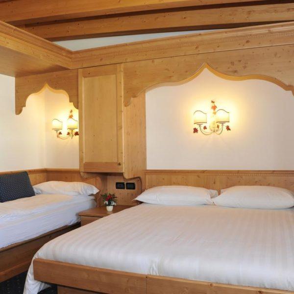 Hotel Negritella, Italy, School Ski Trips