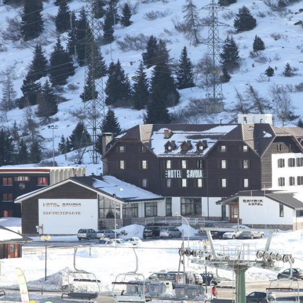 Hotel Savoia Exterior, Claviere, Italy School Ski trips