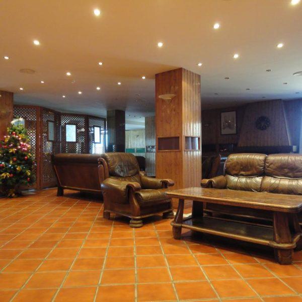 Nevasur Hotel Lobby