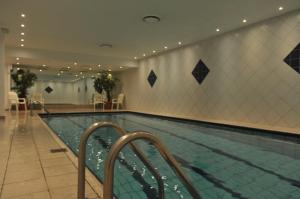 Ustedalan Hotel - swimming pool